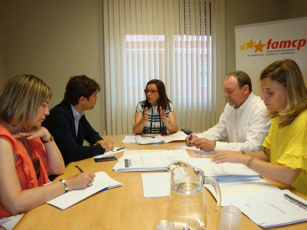 Reunión de trabajo con la Federación Navarra de Municipios