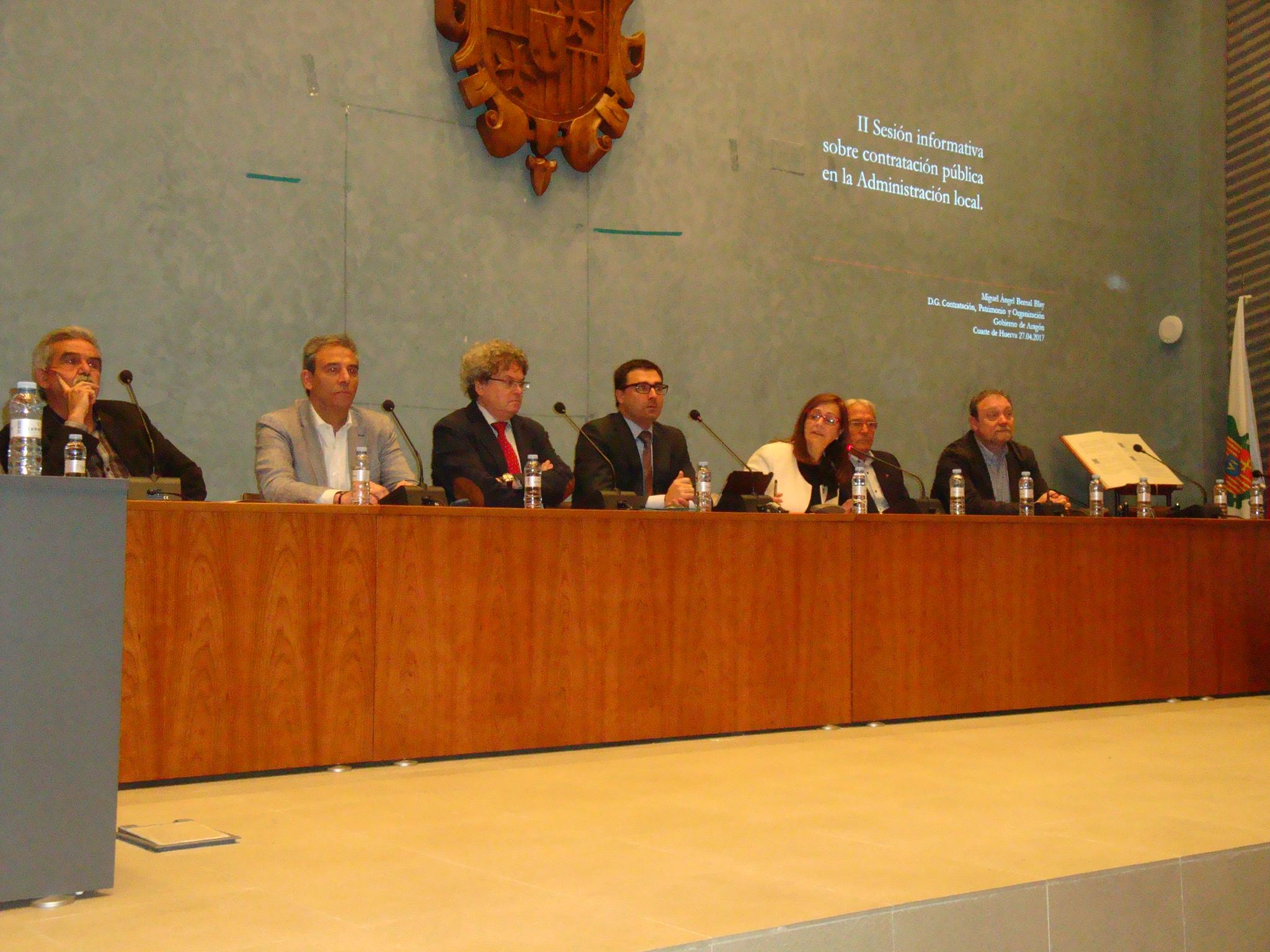 Sesión informativa sobre contratos