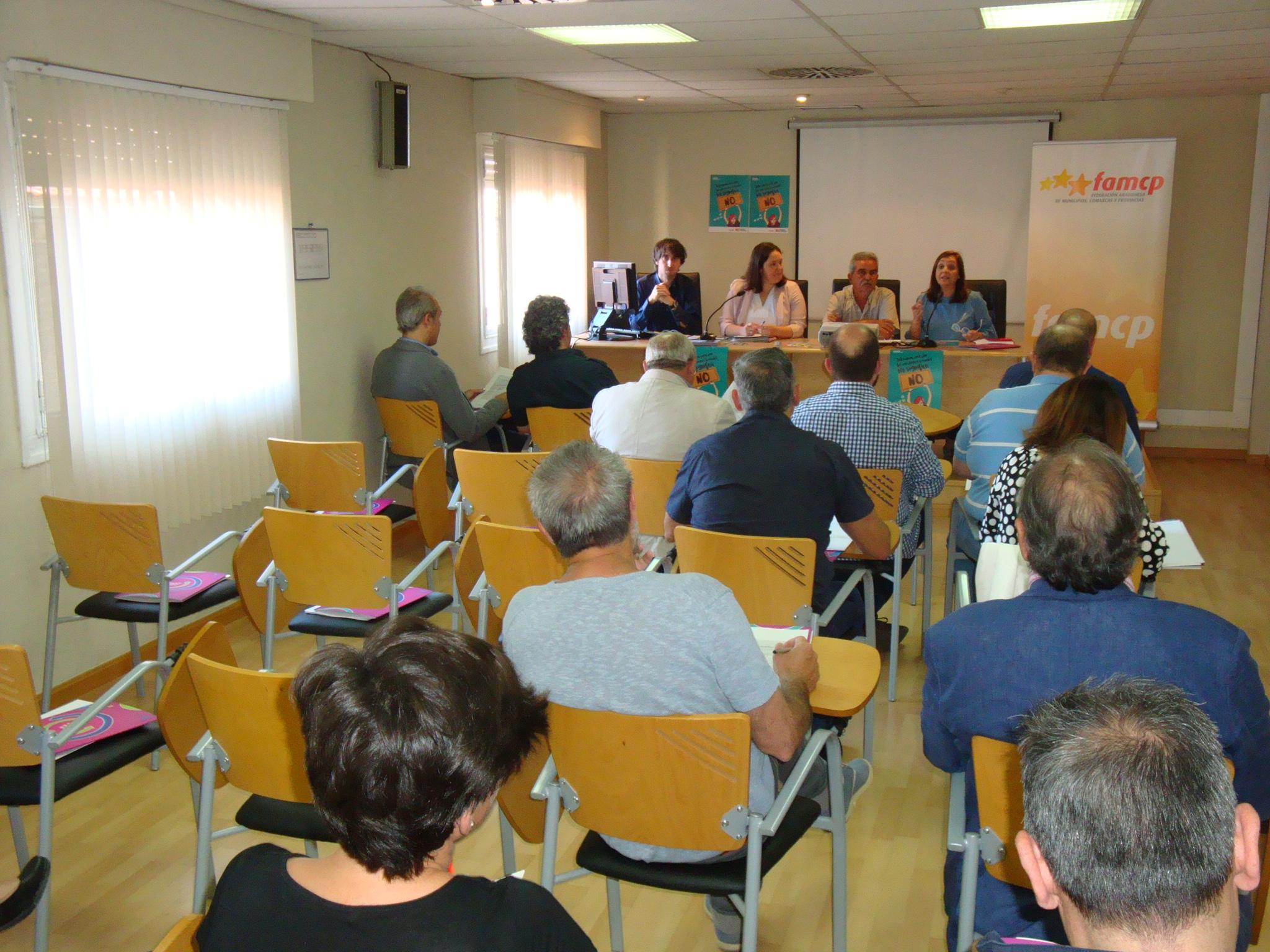 La campaña, destinada especialmente a los jóvenes, se difundirá con la colaboración de los ayuntamientos y las comarcas aragonesas.