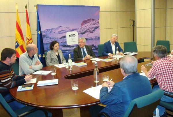 Olona recibe a los miembros del Consejo de Gobierno de la Red MENPA