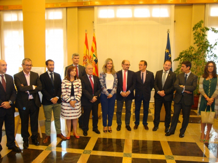 Firma protocolo para extender la banda ancha a la comunidad de Aragón