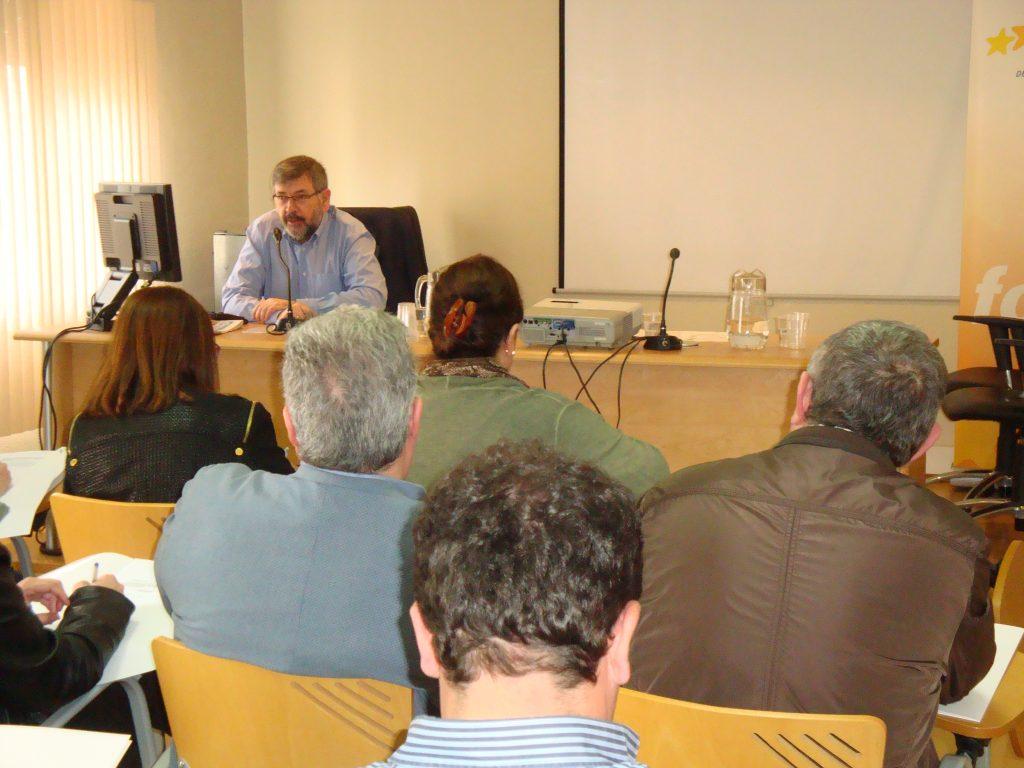 Francisco Javier Ascorbe explicó el intercambio telemático de datos en la sede de la FAMCP.