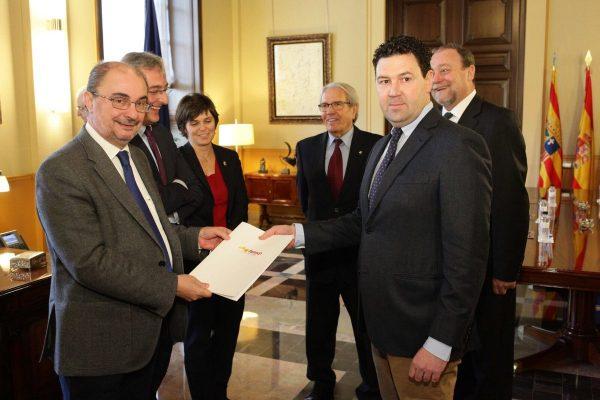 La FAMCP entrega al Gobierno su propuesta sobre la reforma del ICA
