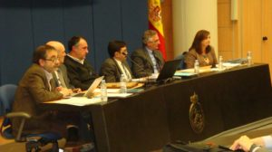 Desde la izquierda, José Luis Castellano, Francisco Compés, Lorenzo Polanco, Raimundo Lafuente, Joaquín Olona y Carmen Sánchez, en la mesa que presidió la reunión.