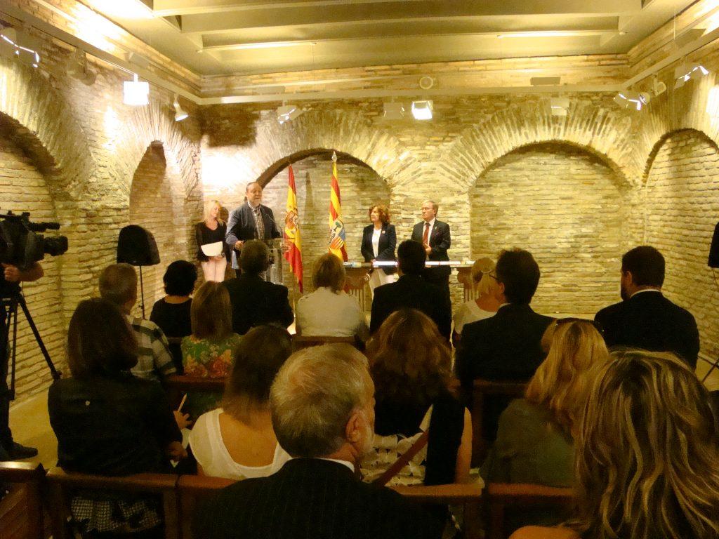 El secretario general de la FAMCP, Martín Nicolás, durante su intervención tras la firma del acuerdo.