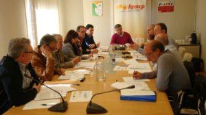 La Comisión, reunida en la sede de la FAMCP el 18 de abril.